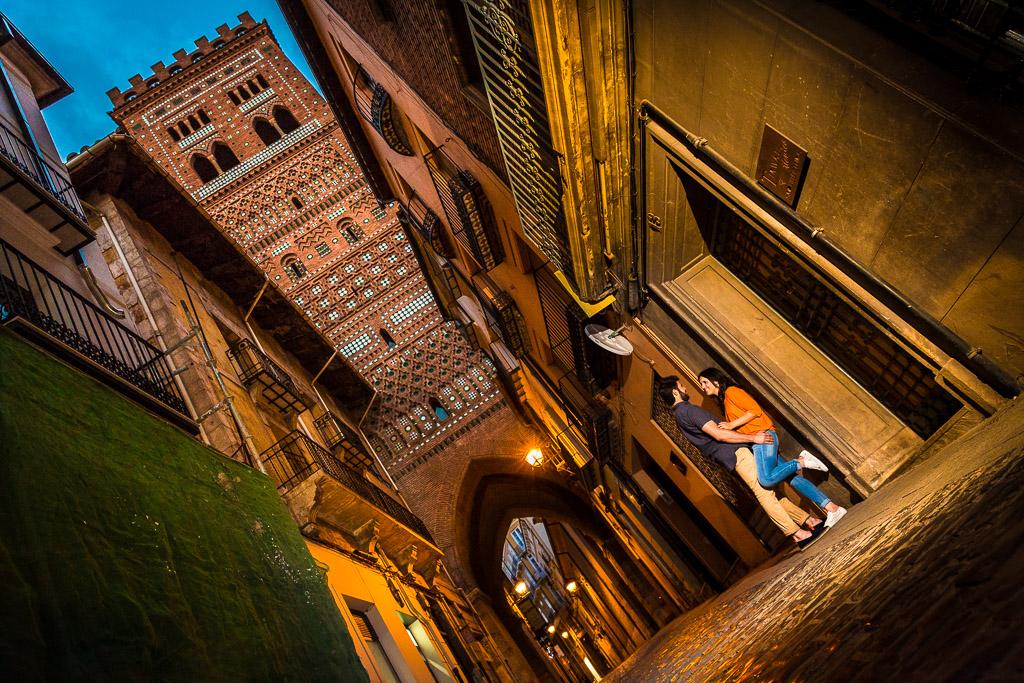 Una noche en pareja por las calles de Teruel.