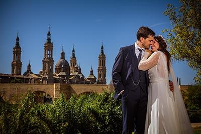 Fotografo en la Basílica del Pilar de Zaragoza